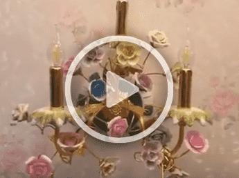 Đèn tường hoa bằng đồng
